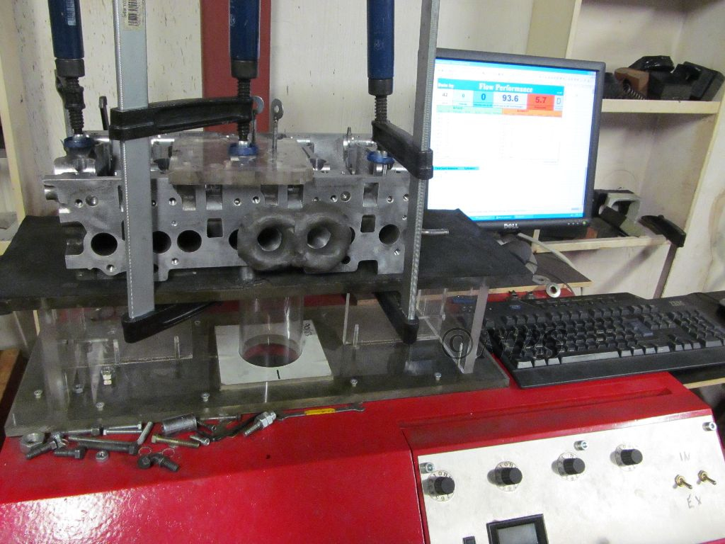 VW 2.0 TDI BKD in flow bench